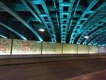 Κάτω από μια γέφυρα στοκ εικόνες