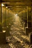 Κάτω από την αποβάθρα Στοκ Φωτογραφίες