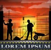 Κάτω από τη σκιαγραφία εργατών οικοδομών στο ηλιοβασίλεμα Στοκ Φωτογραφία