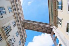 Κάτω από τον ανελκυστήρα Santa Justa στη Λισσαβώνα Στοκ Εικόνες