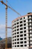 Κάτω από το κτήριο πολύς-πολυθρυλήτων οικοδόμησης Στοκ Εικόνα