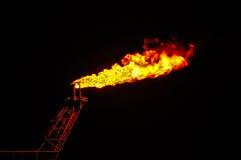 Κάψιμο πετρελαίου και φυσικού αερίου Στοκ φωτογραφία με δικαίωμα ελεύθερης χρήσης