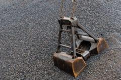 Κάδος άνθρακα και γερανών άνθρακα Στοκ φωτογραφία με δικαίωμα ελεύθερης χρήσης