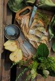 Κέικ αχλαδιών σε μια αγροτική ατμόσφαιρα Στοκ φωτογραφίες με δικαίωμα ελεύθερης χρήσης