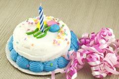 κέικ γενεθλίων ένα έτος Στοκ Φωτογραφία