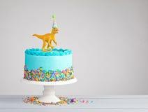 Κέικ γενεθλίων δεινοσαύρων Στοκ εικόνες με δικαίωμα ελεύθερης χρήσης