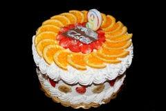 Κέικ γενεθλίων φρούτων Στοκ Φωτογραφίες