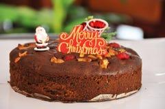 Κέικ δαμάσκηνων Χριστουγέννων Στοκ εικόνα με δικαίωμα ελεύθερης χρήσης