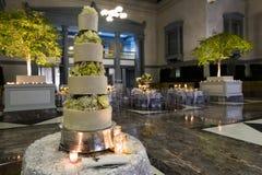 Κέικ δεξίωσης γάμου Στοκ εικόνα με δικαίωμα ελεύθερης χρήσης