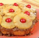κέικ κάτω από την άνω πλευρά ανανά Στοκ Φωτογραφία