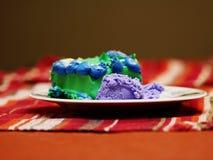 Κέικ και παγωτό σε ένα πιάτο στοκ εικόνες με δικαίωμα ελεύθερης χρήσης