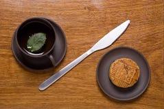Κέικ και τσάι φεγγαριών στοκ φωτογραφίες με δικαίωμα ελεύθερης χρήσης