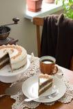 Κέικ καφέ, αγροτικό ύφος, εκλεκτική εστίαση Στοκ Εικόνες