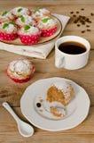 Κέικ καφέ, muffins με το άρωμα καφέ Στοκ Εικόνες