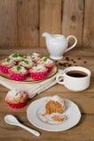 Κέικ καφέ, muffins με το άρωμα καφέ Στοκ φωτογραφίες με δικαίωμα ελεύθερης χρήσης