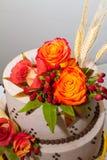 Κέικ λουλουδιών πτώσης Στοκ εικόνα με δικαίωμα ελεύθερης χρήσης