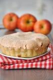 Κέικ μαρέγκας της Apple Στοκ Φωτογραφία