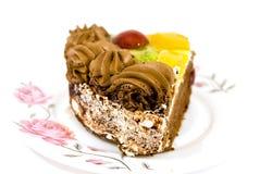 Κέικ με τα κομμάτια φρούτων Στοκ Φωτογραφίες