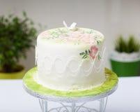 Κέικ με τα λουλούδια Στοκ Φωτογραφία
