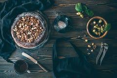 Κέικ με τα φουντούκια και σοκολάτα χωρίς αλεύρι Στοκ Εικόνες