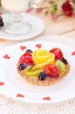 Κέικ με τη ζελατίνα φρούτων Στοκ Εικόνα