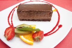 Κέικ με τον καρπό σε ένα πιάτο Στοκ Εικόνα