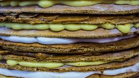 Κέικ με τους διαφορετικούς τύπους κρεμών, κινηματογράφηση σε πρώτο πλάνο στοκ εικόνες