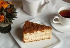 Κέικ με το τσάι Στοκ Εικόνες