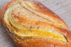 Κέικ μπισκότων ψωμιού φραντζολών μπανανών multigrain, υγιές πρόχειρο φαγητό Στοκ Εικόνες