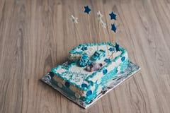 Κέικ μωρών που διακοσμείται με την μπλε κρέμα 9231 Στοκ εικόνα με δικαίωμα ελεύθερης χρήσης