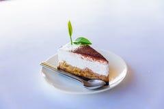 Κέικ πιτών Banoffee με το πράσινο τσάι στοκ φωτογραφία με δικαίωμα ελεύθερης χρήσης