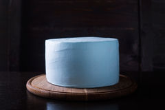 Κέικ που διακοσμείται μπλε στοκ εικόνες