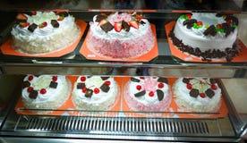 Κέικ σε μια καφετερία Στοκ Εικόνες
