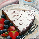 Κέικ σοκολάτας με τα μικτά μούρα Στοκ Εικόνες