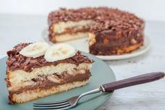 Κέικ σοκολάτας με τη φρέσκια μπανάνα Στοκ Φωτογραφίες