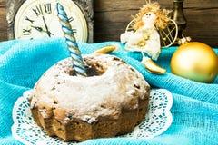 Κέικ σοκολάτας στα Χριστούγεννα, νέο υπόβαθρο έτους Στοκ Εικόνες