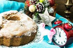 Κέικ σοκολάτας στα Χριστούγεννα, νέο υπόβαθρο έτους Στοκ εικόνες με δικαίωμα ελεύθερης χρήσης