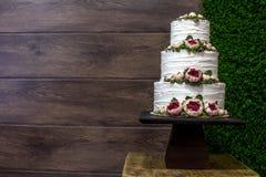 Κέικ στη διαταγή στοκ εικόνες