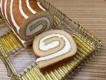 Κέικ σφουγγαριών με την κρέμα Στοκ Φωτογραφίες