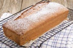 Κέικ σφουγγαριών με το άρωμα λεμονιών Στοκ Φωτογραφία