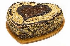 Κέικ υπό μορφή καρδιάς. Στοκ Φωτογραφίες