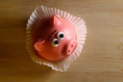 Κέικ υπό μορφή ροζ piggy Στοκ Φωτογραφία