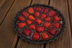 Κέικ φράουλα-σοκολάτας Στοκ φωτογραφίες με δικαίωμα ελεύθερης χρήσης