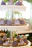 Κέικ φλυτζανιών στην επίδειξη Στοκ Εικόνες