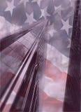 Κέντρο παγκόσμιου εμπορίου με τη αμερικανική σημαία Στοκ εικόνες με δικαίωμα ελεύθερης χρήσης