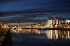 Κέντρο πόλεων του Δουβλίνου κατά τη διάρκεια του ηλιοβασιλέματος Στοκ Φωτογραφία