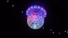 Κέντρο σφαιρών καθρεφτών Disco ευρέως με το RGB χρώμα φιλμ μικρού μήκους