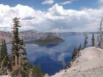 Κέντρο της λίμνης κρατήρων στοκ εικόνες με δικαίωμα ελεύθερης χρήσης