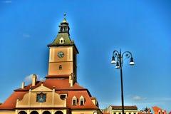 Κέντρο του παλαιού τετραγώνου Δημαρχείων και Kronstädter Altes Rathaus στην Τρανσυλβανία Ρουμανία στοκ εικόνα με δικαίωμα ελεύθερης χρήσης