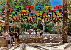 Κέντρο του Τελ Αβίβ Suzanne Dellal για το χορό και θέατρο με Colorf Στοκ Εικόνες